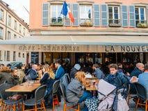Fransk restaurang för kaféstångbrasserie Royaltyfria Bilder