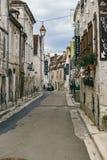 Fransk stad Chablis arkivfoton