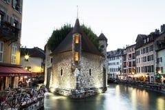Fransk stad med fängelset och kanaler Royaltyfri Bild