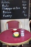Fransk utomhus- cafe arkivfoton