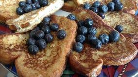 Franskt rostat bröd för blåbär Arkivfoto