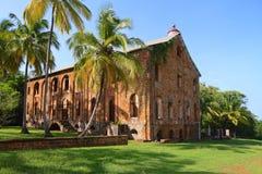Französisch-Guayana, königliche Insel: Ehemaliges Straf-Settelment - Militärkrankenhaus stockbild