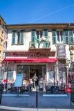 Französische Bistros in Nizza, französischem Riviera Taubenschlag d ` Azurblau, Frankreich stockfoto