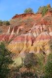 Französische geologische Bildung aufgestellt in Auvergne, Frankreich lizenzfreie stockfotos