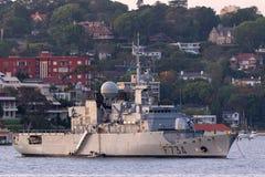 Franz?sische Marine-Marine Nationale-Fregatte FNS Vendemiaire F734 in Sydney Harbor lizenzfreies stockbild