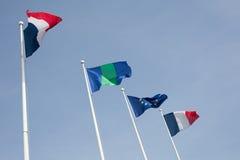 Französische und europäische Flagge Stockfotos