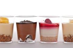 Französischer Nachtisch in einem Glas Stockbild