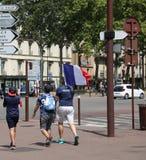 Französischer Versailles-Fanweg des Fußballfans am 15. Juli abschließender stockbild
