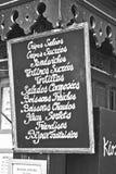 Französisches creperie kennzeichnen innen Schwarzweiss Stockbild