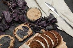 Französisches Kochen, hühnerleberpastete Köstliches appetitanregendes stockfotografie