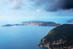 Französisches Riviera-Küste am Kap Cap Ferrat. Lizenzfreie Stockfotos