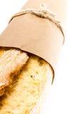 Französisches Stangenbrotbrot auf weißem Hintergrund, Stockfotografie