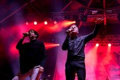 Franz Ferdinand et les étincelles, se réunissent également connu comme FFS, de concert au festival de BOBARD Images libres de droits