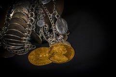Franz Joseph I, Austro-Hungarian gouden dukaten vanaf 1915 met zilveren juwelen Stock Foto's