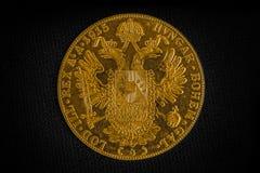 Franz Joseph I, Austro-ungrare guld- dukat från 1915-Avers Royaltyfri Fotografi