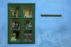 Franz Kafka hus inga 22 längs den medeltida guld- gränden, Prague Royaltyfri Fotografi