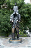 Franz Kafka Statue i Prague, Tjeckien arkivbild