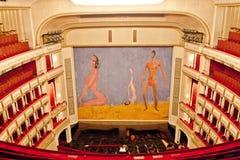 Franz West Safety Curtain, teatro dell'opera di Vienna, Austria immagine stock