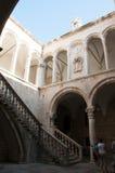 Franziskanerkloster-Treppenhaus in Dubrovnik, Kroatien Lizenzfreies Stockfoto
