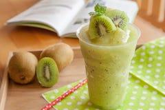 Frappe fruttato del kiwi Fotografia Stock