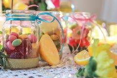 Frasco com doce de fruta imagem de stock royalty free