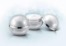 Frasco cosmético da esfera de prata no brilho Foto de Stock Royalty Free