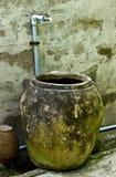 Frasco da água com torneiras Imagens de Stock Royalty Free