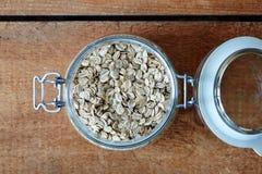 Frasco da farinha de aveia foto de stock