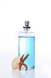 Frasco de perfume azul Fotos de Stock