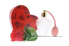 Frasco de perfume e caixa de presente fotos de stock royalty free