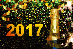 Frasco do champanhe Ano novo feliz Imagens de Stock Royalty Free