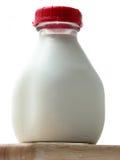 Frasco do leite fresco da exploração agrícola fotos de stock royalty free