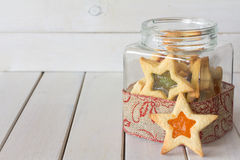 Frasco do presente do Natal das cookies horizontais foto de stock royalty free