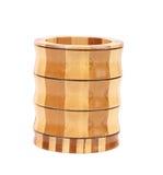 Frasco dos utensílios de madeira isolados no branco foto de stock royalty free