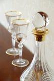 Frasco e copos de vinho Foto de Stock Royalty Free