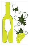 Frasco e vidro de vinho branco Imagens de Stock Royalty Free