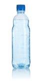 Frasco plástico da água isolado fotos de stock royalty free