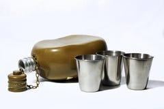 Frasco y copas Imágenes de archivo libres de regalías