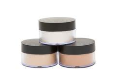 Frascos cosméticos com o pó isolado no branco foto de stock royalty free