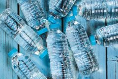 Frascos da água mineral Imagens de Stock Royalty Free