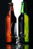 Frascos da cerveja, isolados. Fotos de Stock Royalty Free