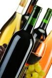 Frascos da composição do vinho da sorte diferente fotos de stock royalty free