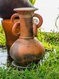 Frascos de cerâmica velhos, Foto de Stock