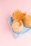 Frascos de vidro do comida para bebê Imagem de Stock Royalty Free