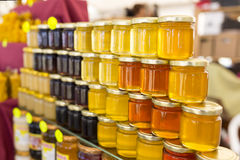 Frascos diferentes do mel Fotos de Stock