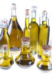 Frascos do petróleo verde-oliva virgem extra Fotografia de Stock Royalty Free
