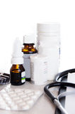 Frascos e comprimidos médicos Foto de Stock Royalty Free