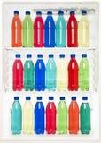 Frascos em um refrigerador Foto de Stock