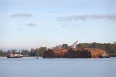Fraser River Log Barge image libre de droits