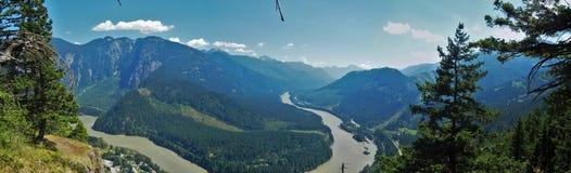 Fraser River Panorama stockbilder